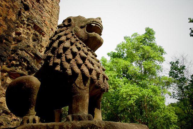 Sambor Prei Kuk (par Sabine Steinmuller). En savoir plus: http://voyager-au-cambodge.com/sites-a-visiter/kompong-thom