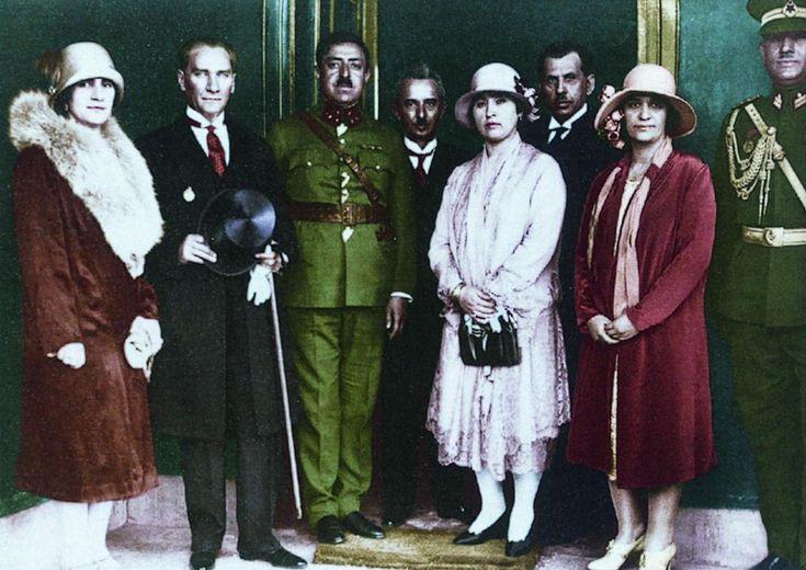Ata ve Modern Türk Kadınları..