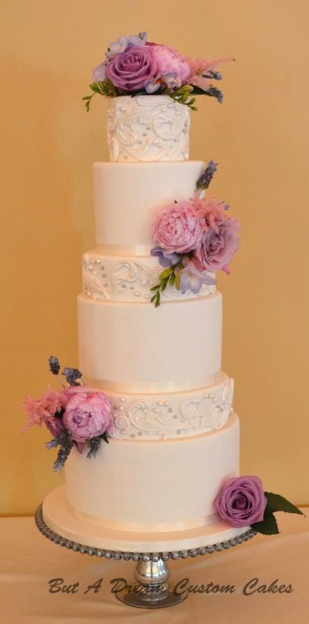 10 tier wedding cake ideas 1000 ideas about 2 tier wedding cakes on tier 10015