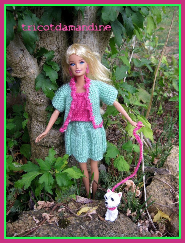"""Bonjour à tous et à toutes, Et oui aujourd'hui miss barbie se promène avec son nouveau petit chien, elle ne lui a pas encore trouvé de nom, elle compte sur la petite fille qui la recevra pour la baptiser .... elle l'appelle donc """"Fifille"""" car c'est une..."""