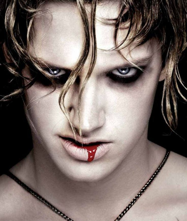 Best 25 maquillage vampire facile ideas on pinterest ongles de vampires id es sexy de - Maquillage halloween facile homme ...