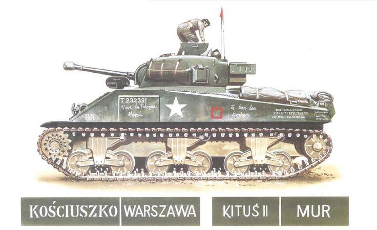 Sherman M4A4; 2° escuadrón, 1er Reg. Acorazado; 1ª División Acorazada Polaca; Normandía, Agosto 1944. Este carro tiene blindaje adicional así como arcones soldados para pertrechos, en el costado se pueden apreciar inscripciones hechas con tiza por las poblaciones francesas liberadas. Además se muestran ejemplos de nombres colocados por las tripulaciones a sus carros.