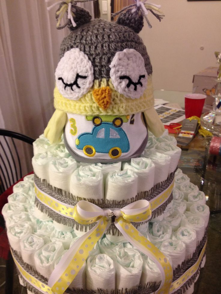 Baby owl diaper cake-- oh my goodness I love this!  Its perfect for Baby L