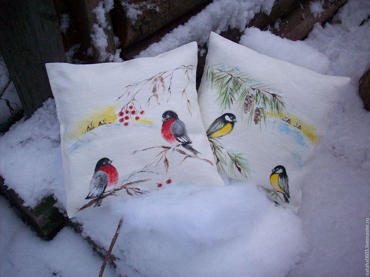 Купить Снегири...Синички..Зимние птички.Льняные подушечки с росписью. - льняные подушки, подушки с росписью