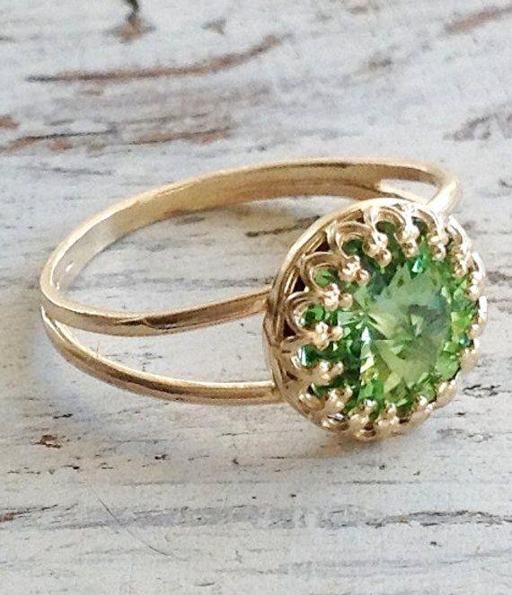 Women Fashion Jewelry 18 K Gold Plated Green Peridot Cocktail Ring Size 6-10