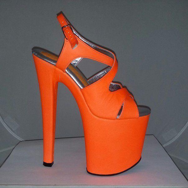 "7 1/2"" orange UV leather"