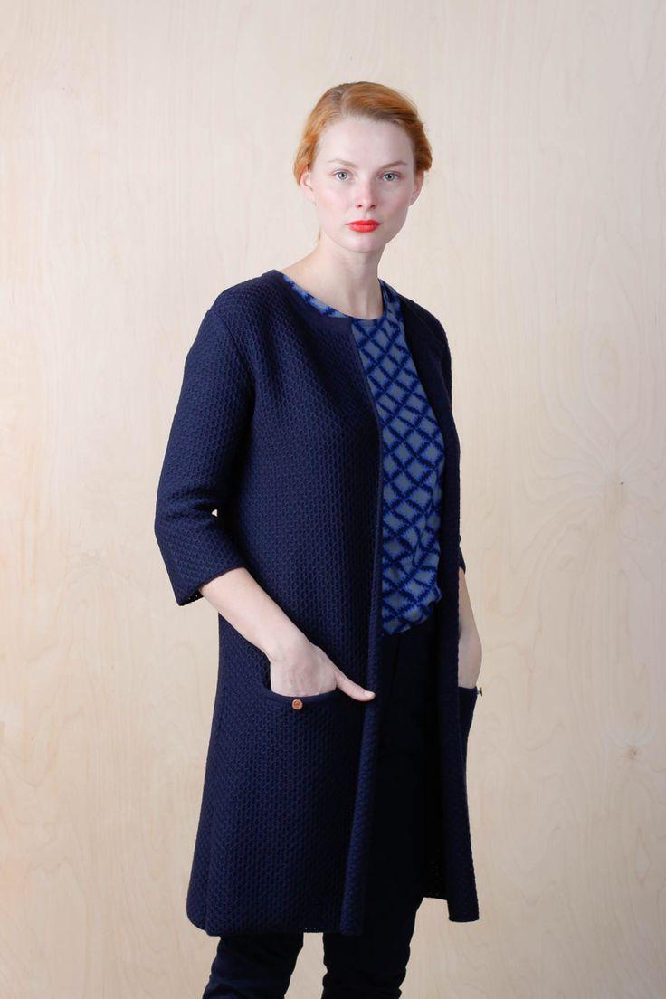 http://emmamalena.com/en/products/aterforsaljare/em-women/em-annika-knitted-navy.html