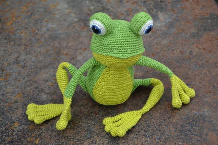 #crochet #amigurumi #frog
