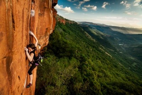 Garden Route Rock Climbing - So you prefer a more vertical Garden Route? In that case a Rock Climbing Adventure is for you! Enjoy the fantastic sea views of Knysna and Plettenberg Bay as you climb up an ocean crag or test your skills in the pristine Outeniqua Mountains.