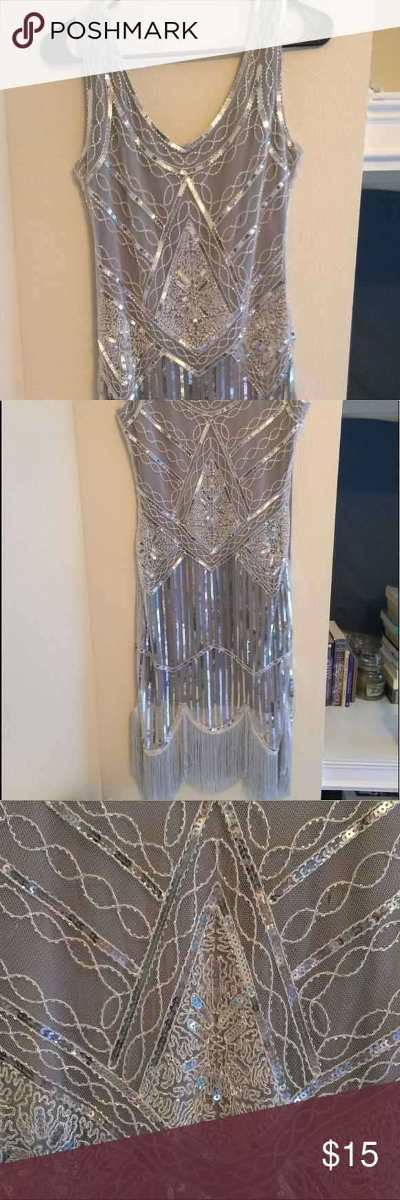 """1920s Sequined Fringed Flapper Dress XS Elegant, eye-catching embellished dress for special occasions or a roaring 20s party! Size zipper, 100% polyester. Worn once - has a very small 1/8"""" rip in the mesh overlay (see 3rd picture). Vijiv Dresses Prom"""