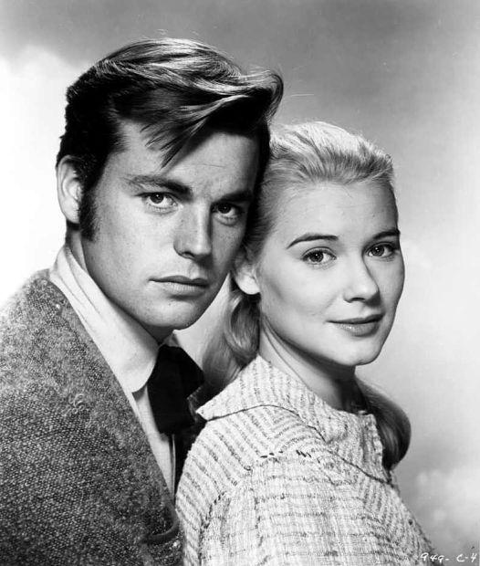 Robert Wagner y Hope Lange promocionando 'La verdadera historia de Jesse James' (Nicholas Ray, 1957)