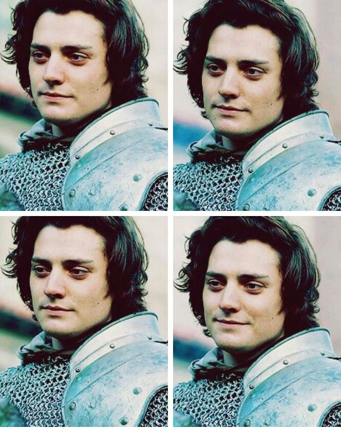 Aneurin Barnard as Richard III is it just me or is he damn sexy???!!!