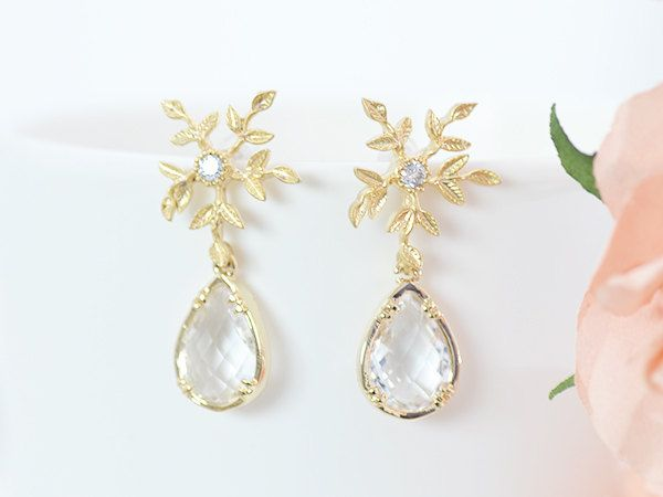 Holiday Gift Ideas for Couples - ad - Winter Wedding Bridal Earrings