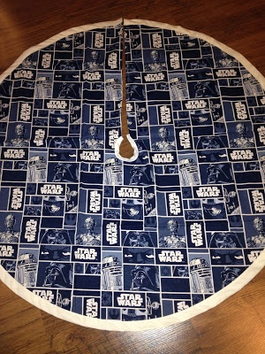 Star Wars Christmas Tree Skirt Fab and Thrifty-Something: May Christmas be with You~ A Star Wars holiday tree