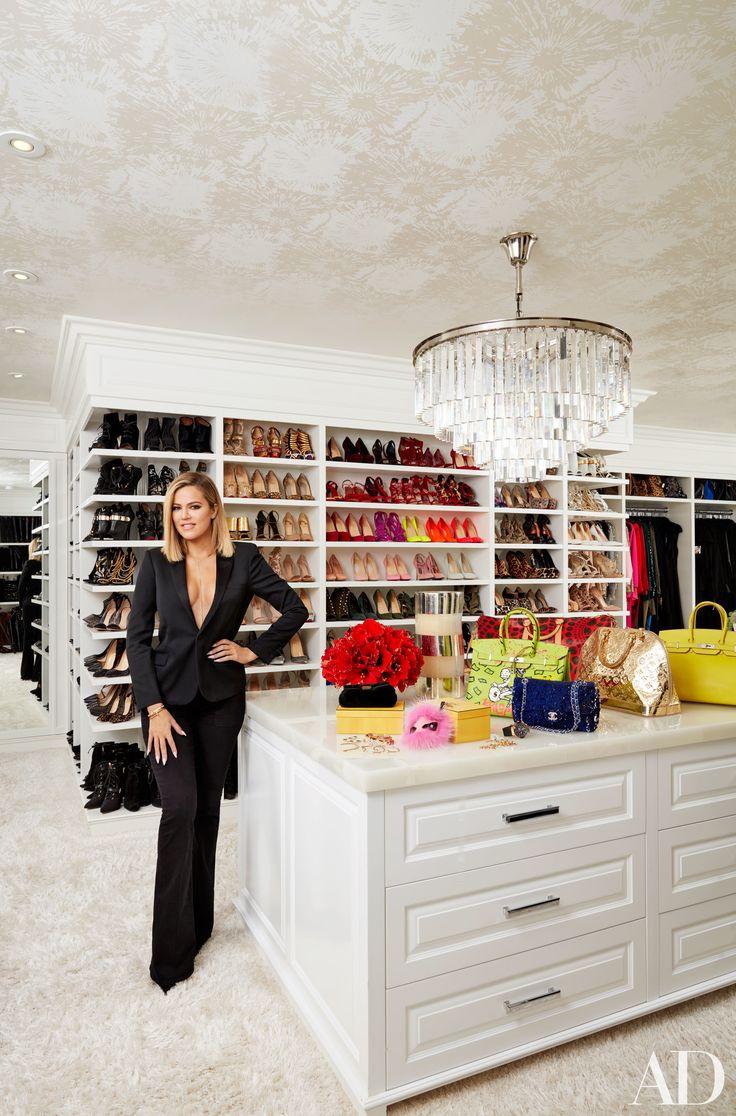 INCREIBLE: Mira como lucen por dentro las mansiones de Khloe y Kourtney Kardashian - Imagen 15