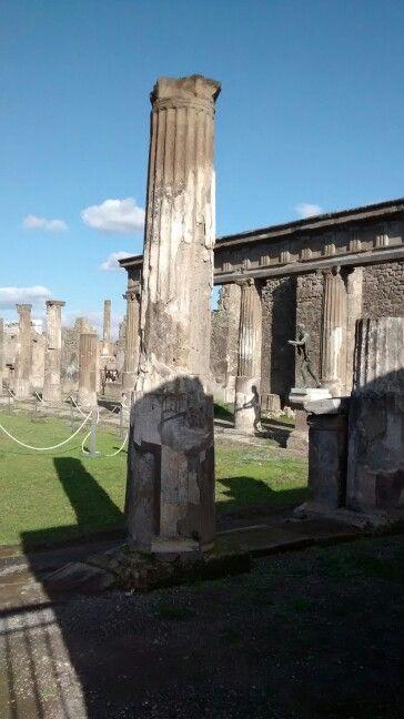 Colunas de Pompei Scavi/ IT 01/2016