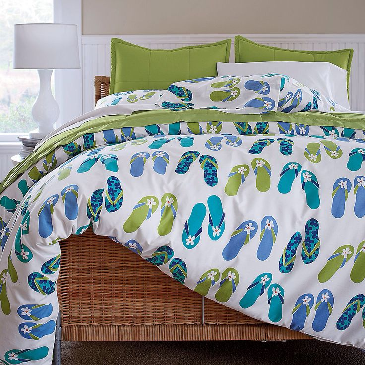 #Beach house decor,flip flop bedding