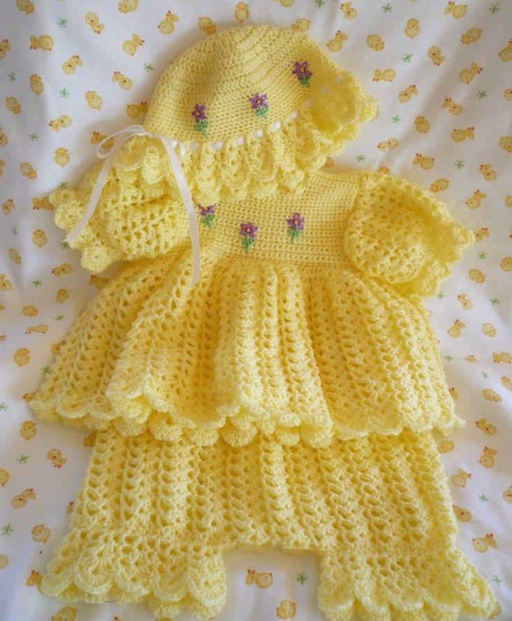 Örgü Bebek Elbise Takımları
