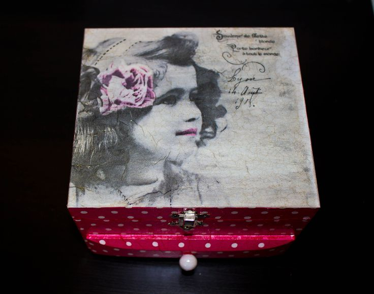 Decoupage hand made jewelry box  / Decoupage pudełko na bużuterię