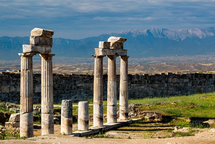 Ancient Days - Turkey, Hierapolis. Ruins of the ancient city of Hierapolis - a UNESCO World Heritage site in Turkey. Credits: Jonathan Reid