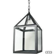 hangende lantaarn op de logia