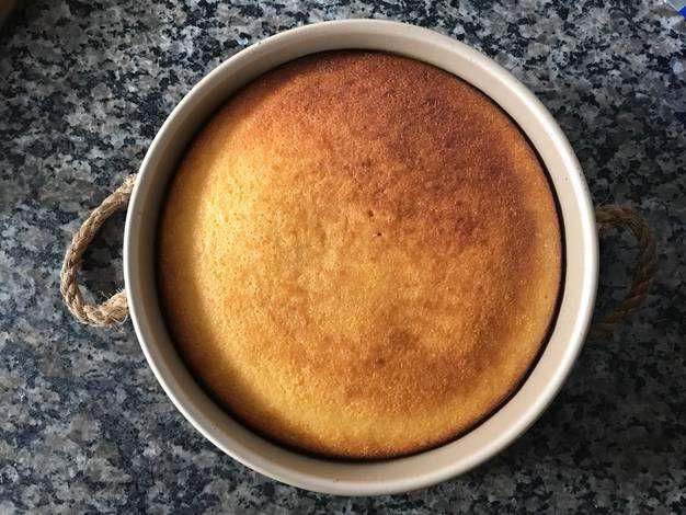 Torta de harina de maíz y coco (apta celíacos)
