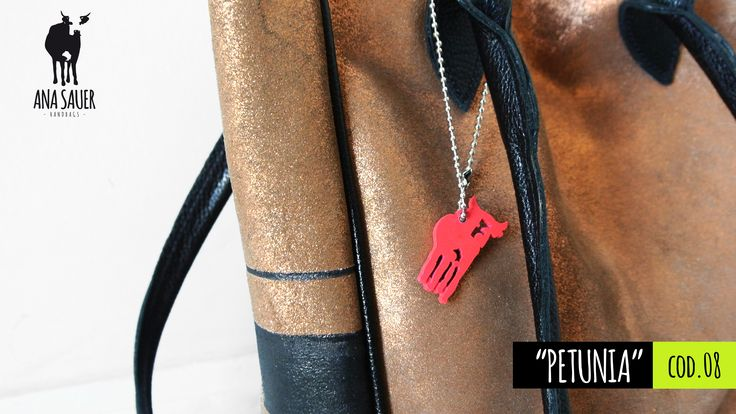 MODELO | Petunia | 100% cuero argentino https://www.facebook.com/anasauerhandbags