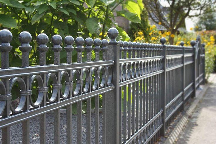 Как покрасить металлический забор красиво фото