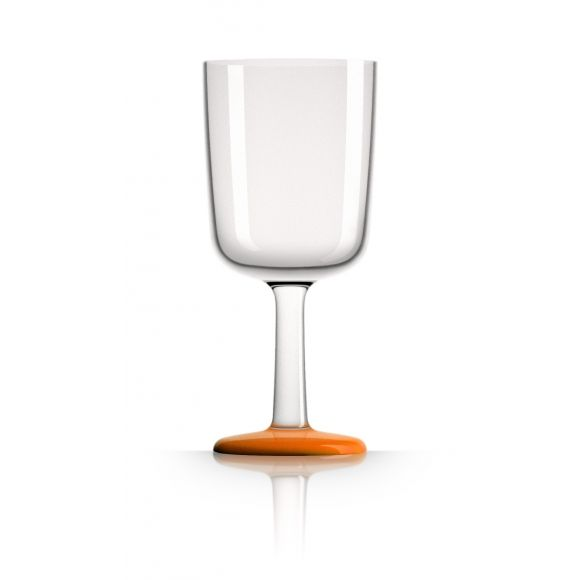 BEACH LUXE: Marc Newson unbreakable wine glasses (pack of 4). Shop now at www.hardtofind.com.au