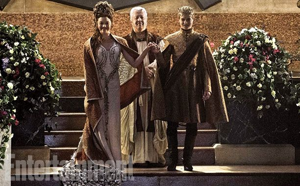 Margaery Tyrell (Natalie Dormer), High Septon (Paul Bentley), and King Joffrey Baratheon (Jack Gleeson)