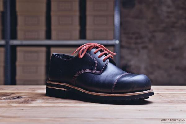 US Shoe #718BP