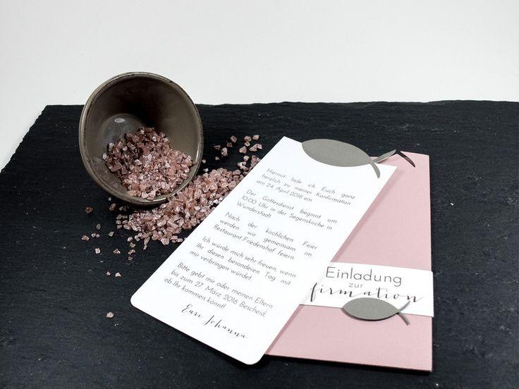 Zartes rosa in Verbindung mit taupe und creme ergeben eine perfekte Kombination für diese Konfirmationseinladung der ganz besonderen Art. Die eigentliche Karte mit dem Einladungstext befindet sich...
