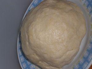 Универсальное, очень быстрое,  тесто на пиве, без яиц  (пицца, печенье, пирожки)