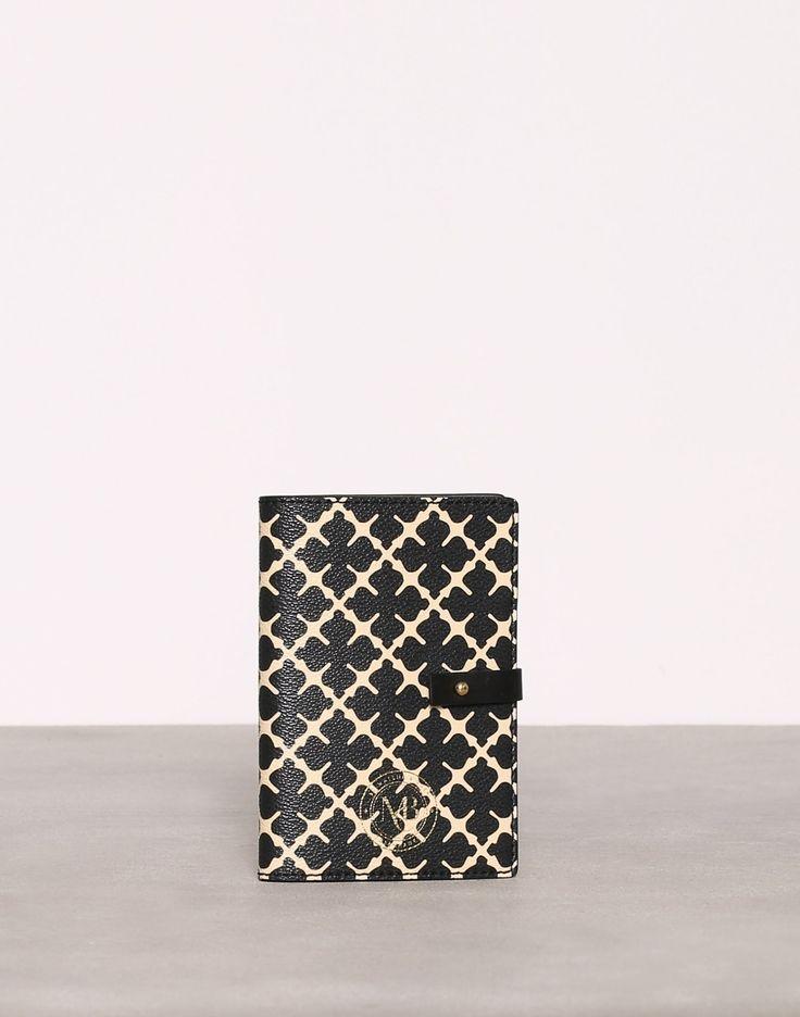 Passaporta - By Malene Birger - Svart - Vesker - Tilbehør - Kvinne - Nelly.com 499kr