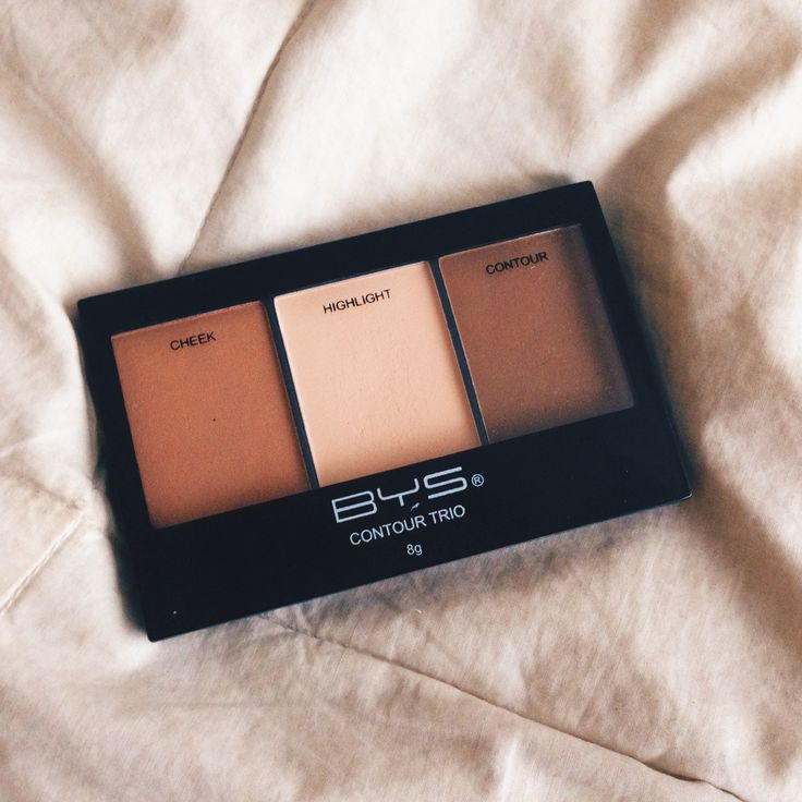BYS Cosmetics Powder Contour Trio in the shade 01Sassy