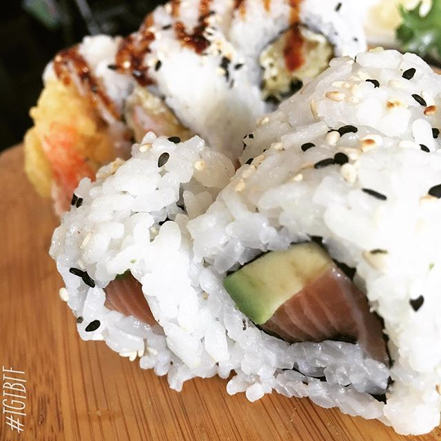 Uramaki!  @food @secucinatevoi  #lunch #uramaki #sushi #fish #seafood #avocado #salmon #snackcity #dolce_salato_italiano #feedyoursoul #thephoneeatsfirst #heresmyfood #snackcity #photooftheday #LikeFoodLA #japan #food_instalove #secucinatevoi #food #italy #yummy #japanese #foodblogfeed #eat #foodphoto #italianfoodbloggers #instafood #foodporn #tasty #delicious #TGTBTF