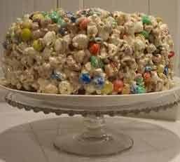 POPCORN - popcorn kage - in danish. GREAT SWEET CAKE!