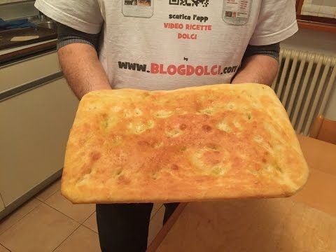 Come fare la focaccia all'olio d'oliva - YouTube