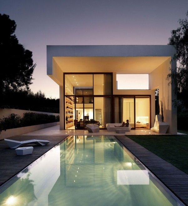 Amazing Swimming Pool from Contemporary Family House Design with Geometry Concept in Valencia Spain 600x658 Contemporary Family House Design with Geometry Concept in Valencia, Spain