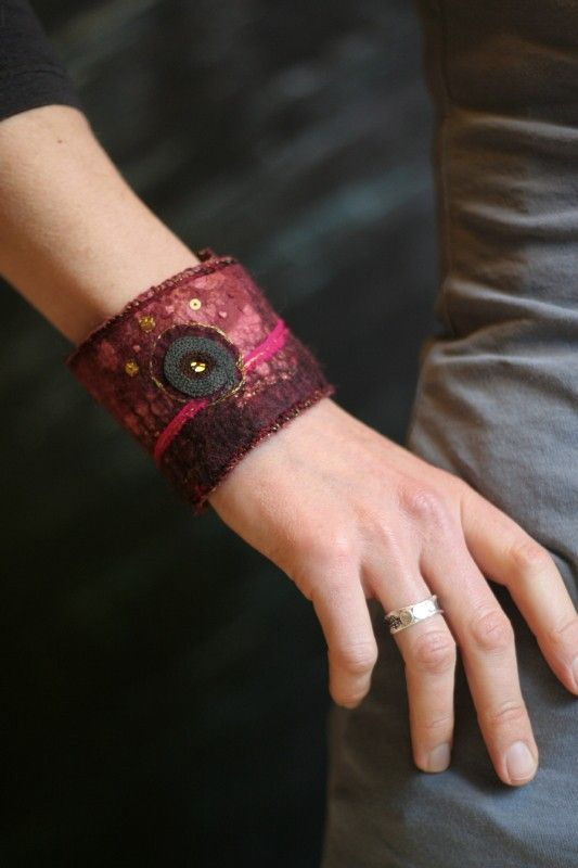 Textile Bracelet in Bordeaux Felted wool and by ZamirteTextiles