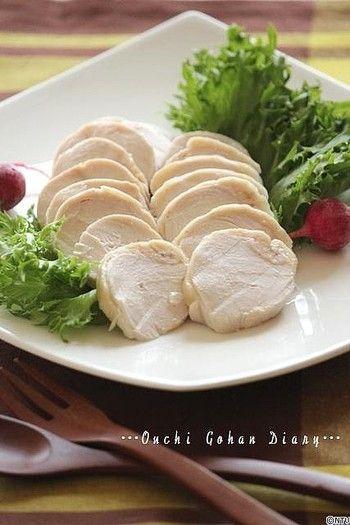 こちらは電子レンジでお手軽に作れる鶏ハムレシピ。