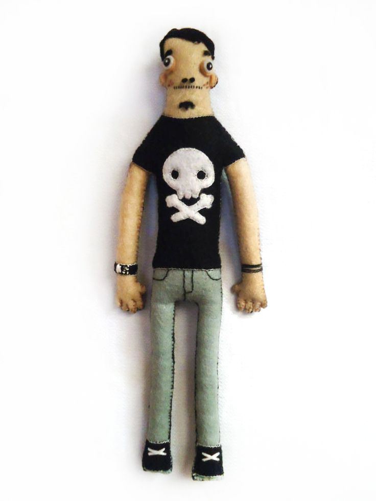 This plush's hand sewn for Astronautboys; an illustrator and street artist. The character inspired from Yum-yum London.