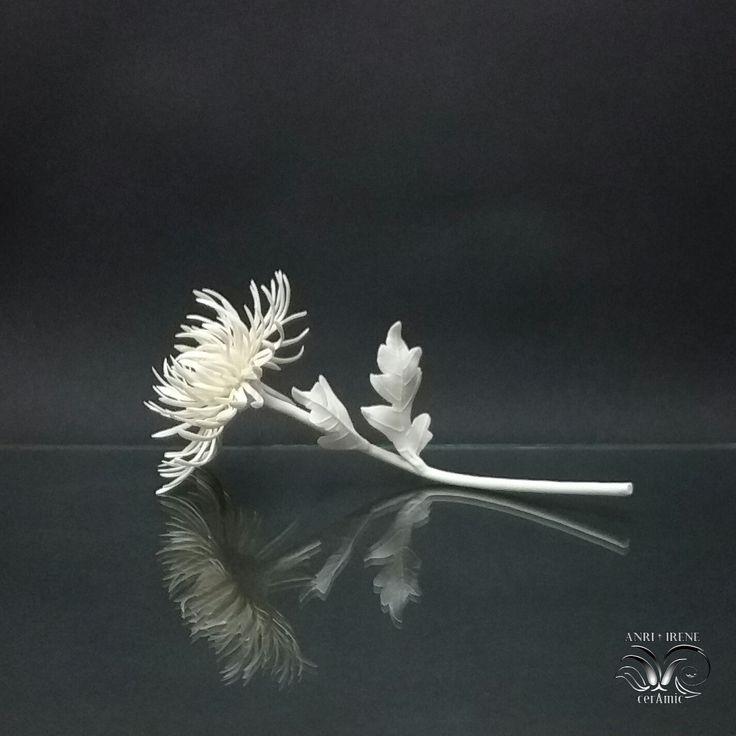 Ceramic (porcelain) Chrysanthemum, porcelain colden daisy