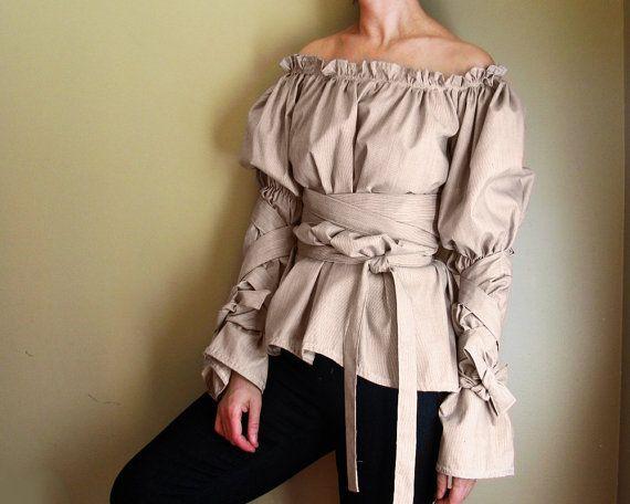 Renaissance. Blouse. Medieval. Renaissance. Gown. Costume. Wench. Romantic. Peasant. Princess. S, M, L, XXL, Plus Size. Ruffles.