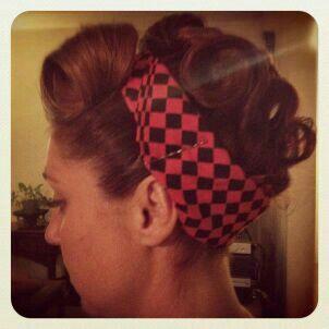 short hair friendly up do! retro vintage bandanna rosie