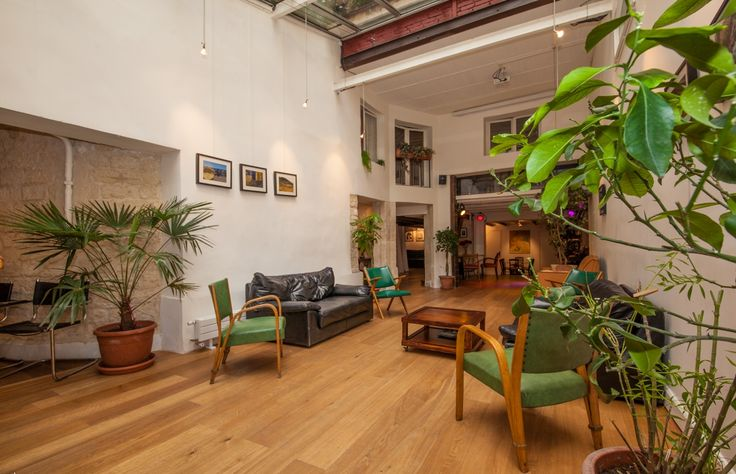 Comfortable and upscale Loft like home #Business #Event #Creative #Meeting #Feelathome #Paris