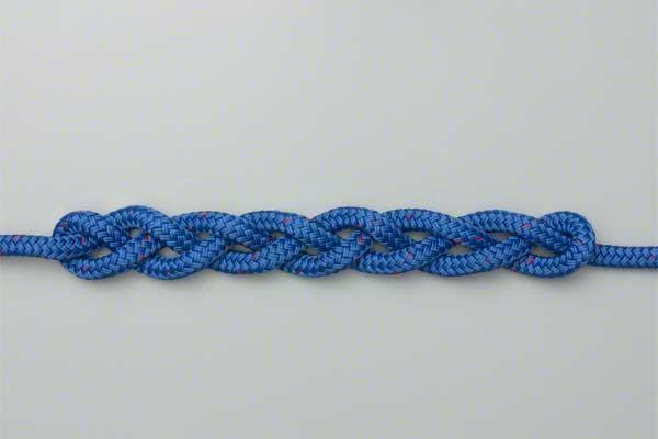 Tutorial on Braiding a Single Rope
