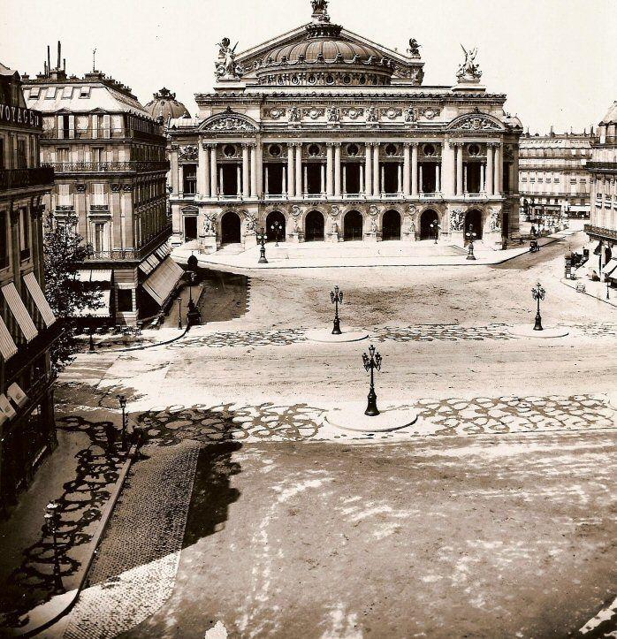 La place de l'Opéra vers 1880  (Paris 2ème/9ème)