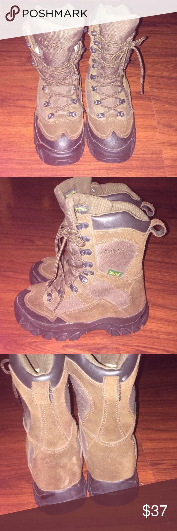 Cabelas Women's insulated Boots 7D Cabelas Women's insulated Boots 7D. Excellent condition cabelas Shoes Winter & Rain Boots