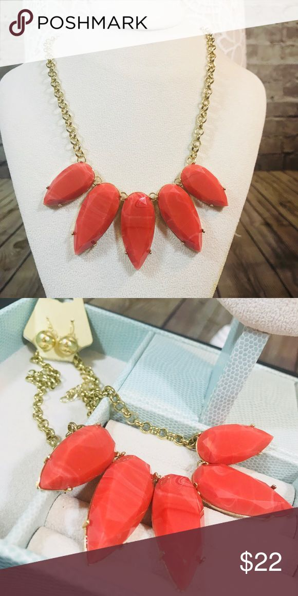 Gold and coral statement necklace Gold and coral fashion statement necklace. Brand new. Jewelry Necklaces